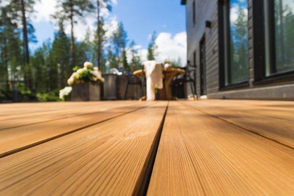 Holzterrasse & Terrassenddielen