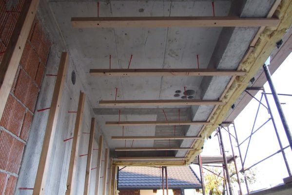Verstellbare Fassadenanker